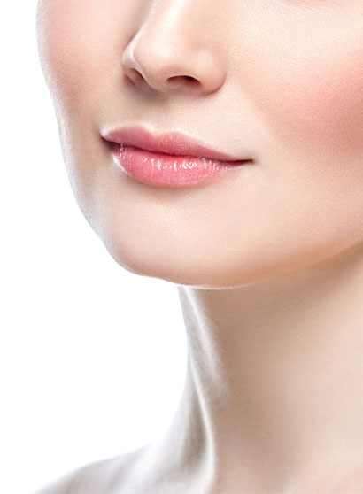 Réussir la tendance minimaliste : bouche sexy naturellement !