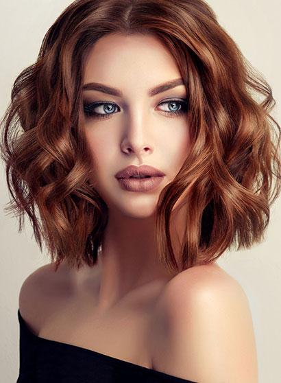 Eliminer les pellicules de mes cheveux colorés, méchés ou abîmés
